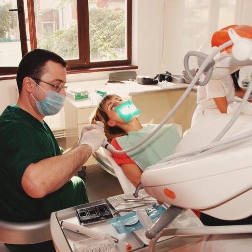 © Swiss Dental Clinique